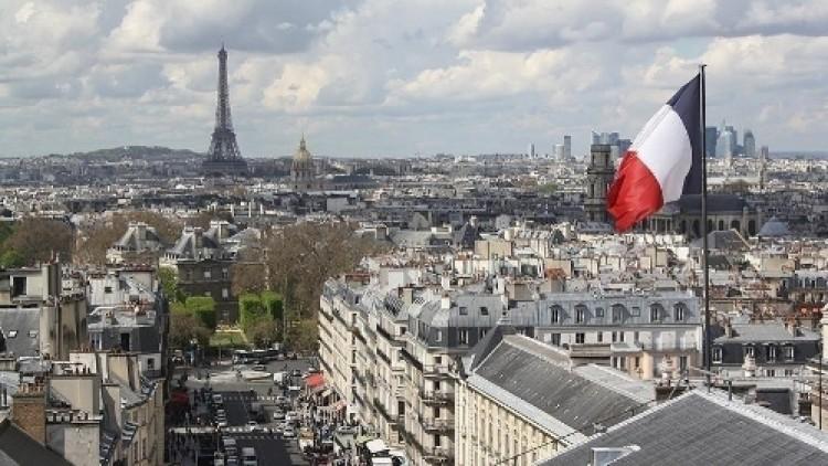 ฝรั่งเศสมีบทบาทสำคัญในกิจการทั่วโลกด้วยอดีตอาณานิคม